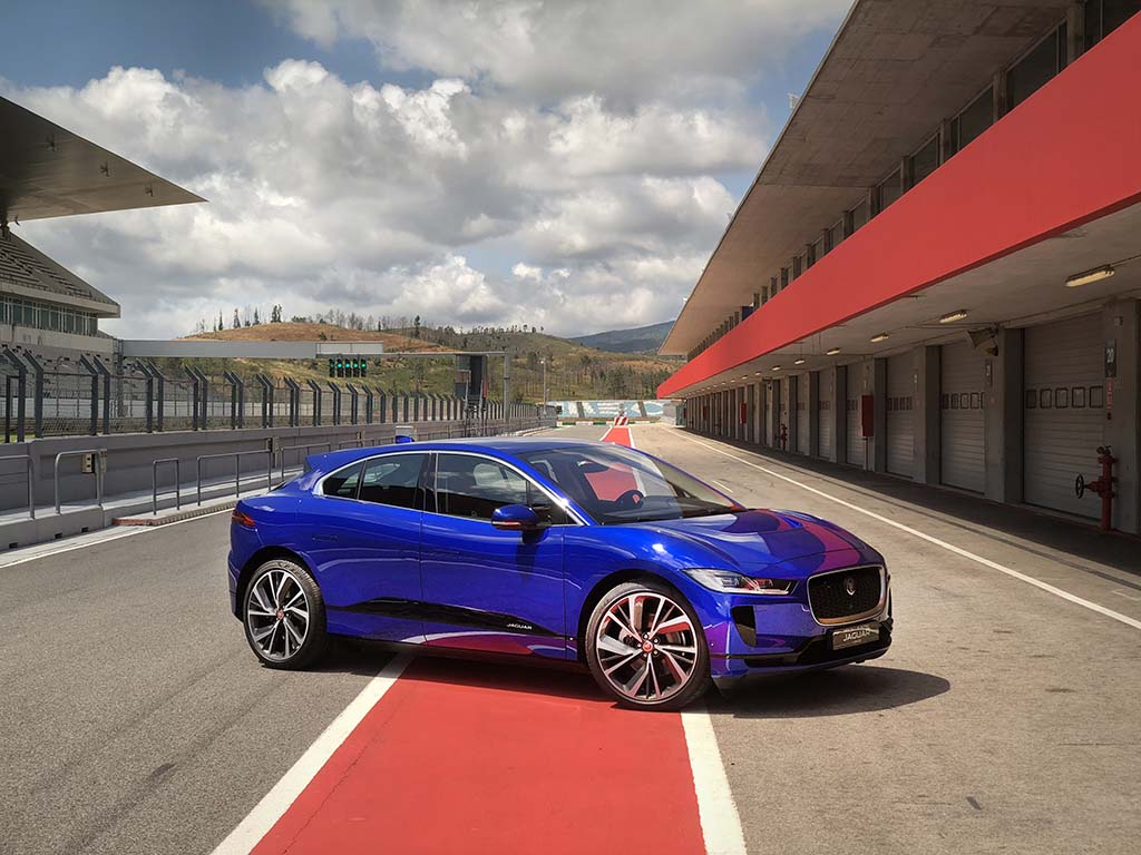 How Long Does A Tesla Take To Charge >> Electrifying Jaguar I-Pace Sets a Benchmark Even Tesla Will Have to Clear | TheDetroitBureau.com