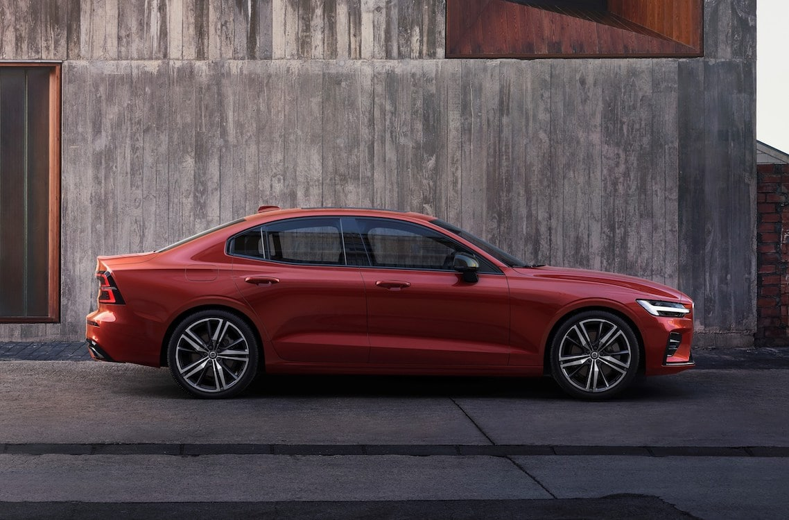 First Look: 2019 Volvo S60 | TheDetroitBureau.com
