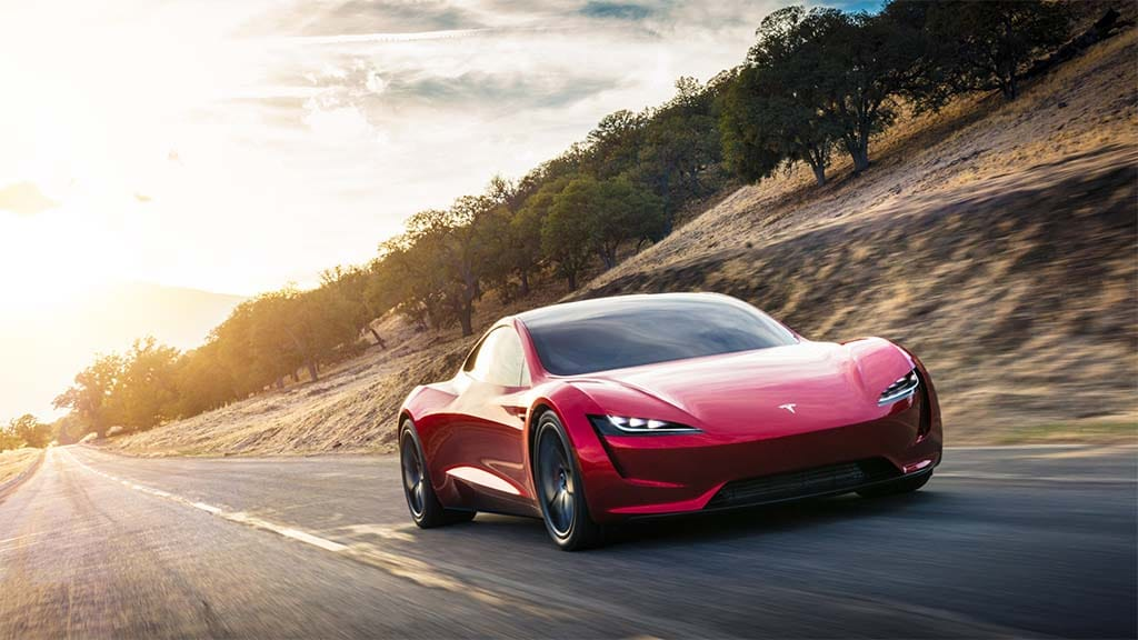 Could the planned Tesla Roadster use rockets to improve its performance as Musk tweeted
