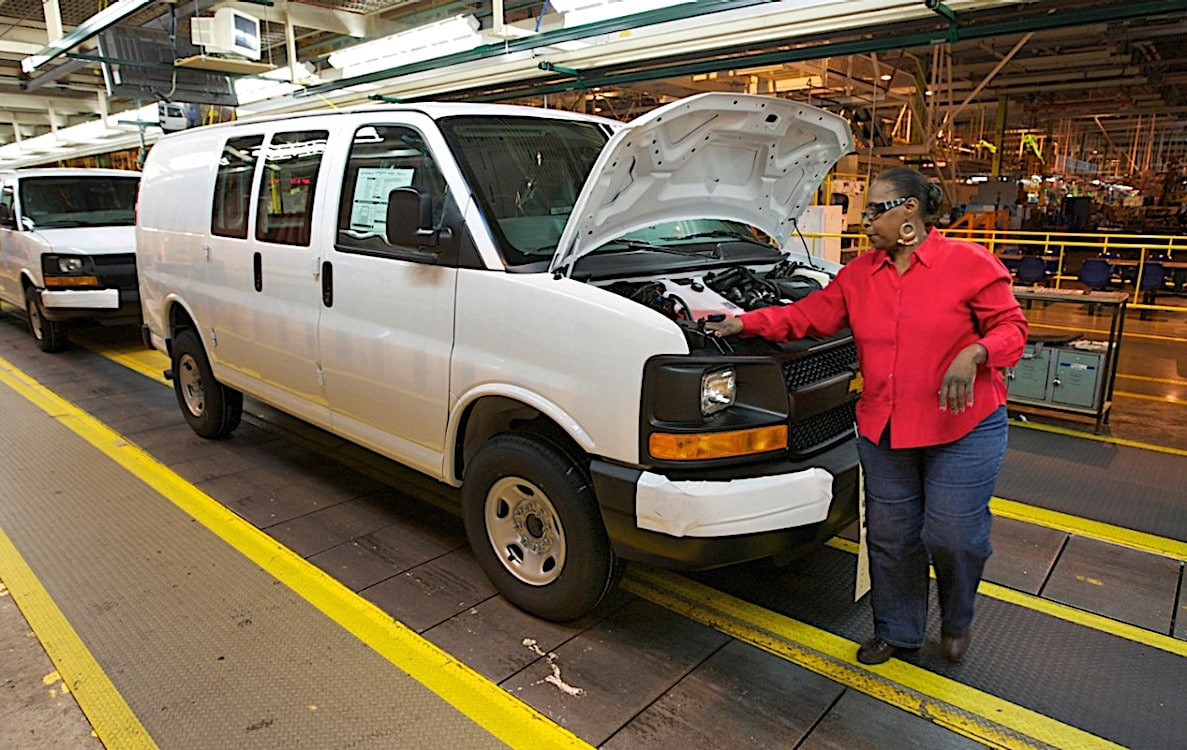 Chevy Express Getting New Safety Tech for 2019 ...