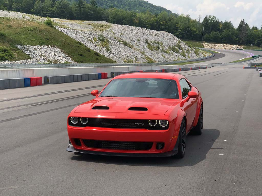 First Drive 2019 Dodge Challenger Srt Hellcat Redeye Widebody