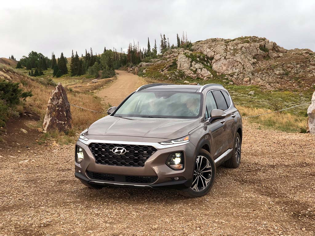 First Drive: 2019 Hyundai Santa Fe | TheDetroitBureau.com