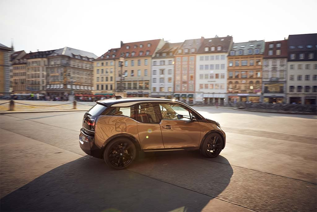 BMW Unplugs Range-Extending i3Rex