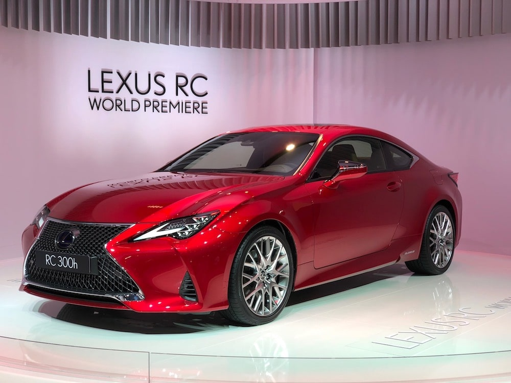 lexus lets its emotions flow with new rc coupe. Black Bedroom Furniture Sets. Home Design Ideas