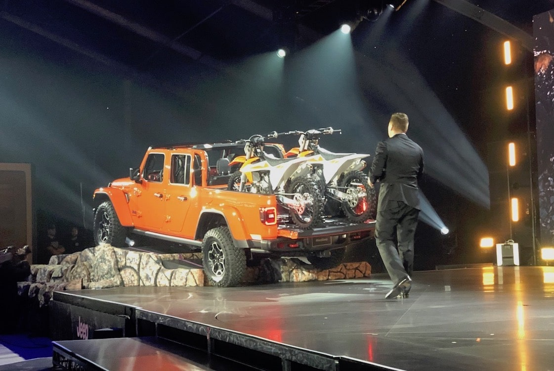 New Wrangler Based Pickup Gets A Name Gladiator