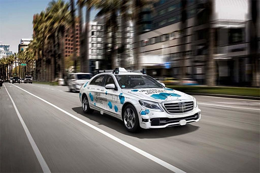 Daimler, Bosch Partner as Latest to Offer Self-Driving Ride-Sharing Service