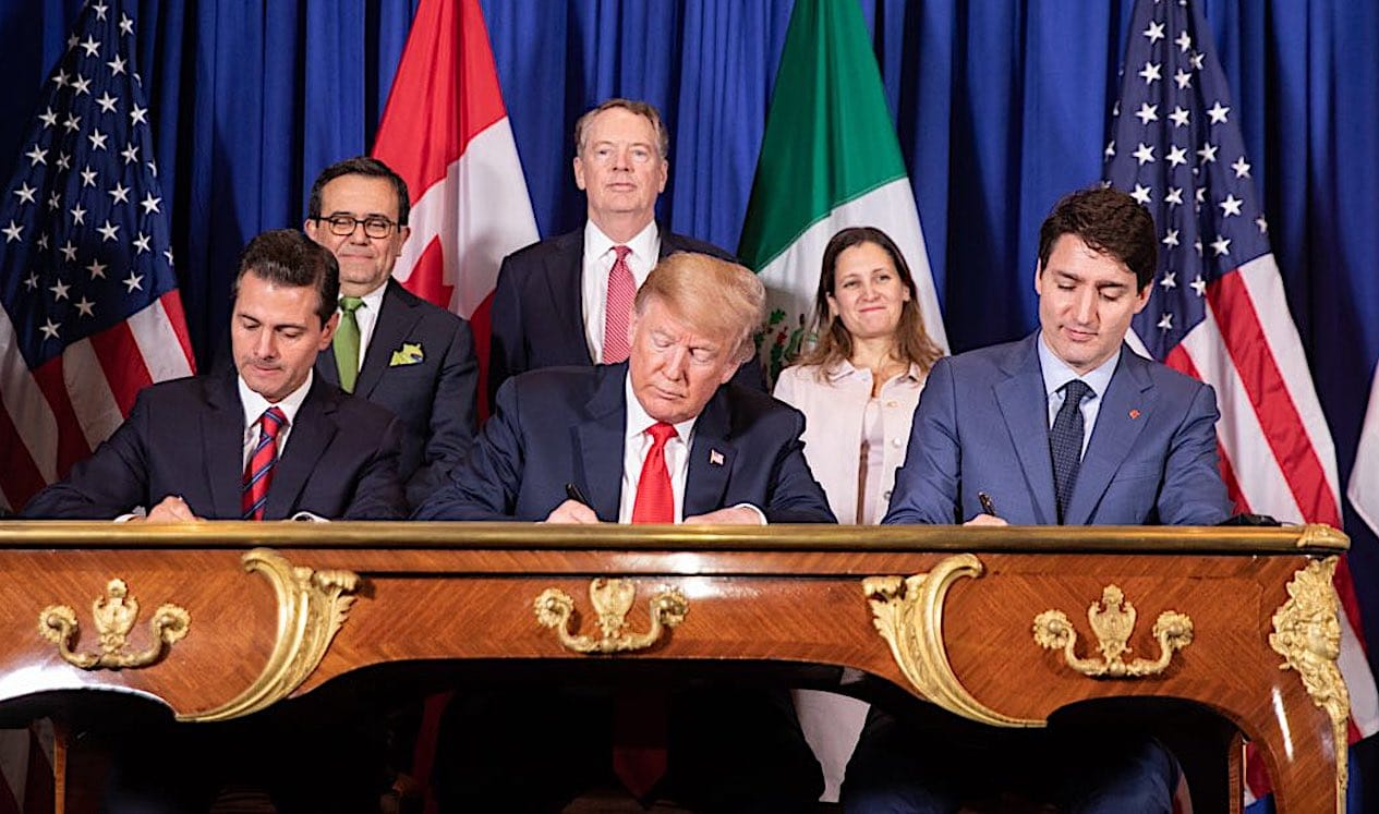 The leaders of Mexico the United States and Canada sign the