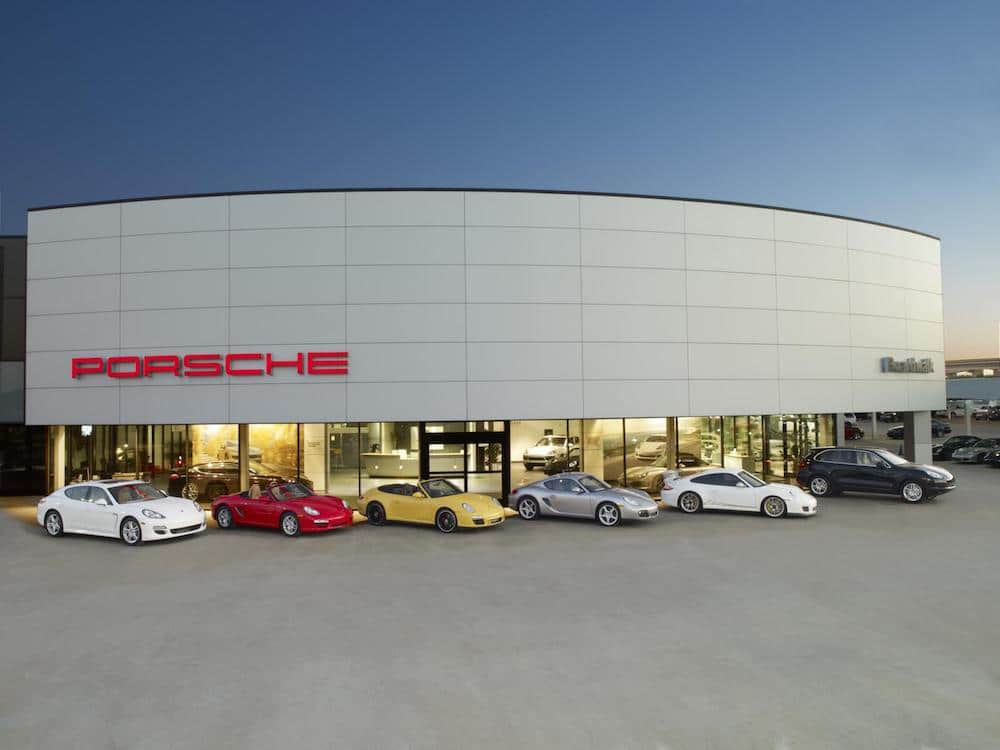 Porsche Grabs Top Score in Power Customer Service Index