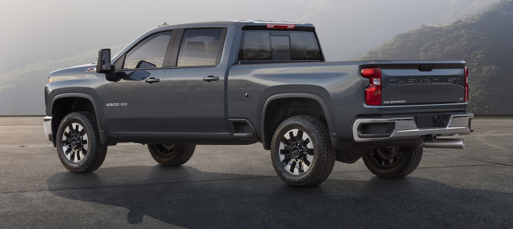 New Chevy Truck >> Chevy Rolls Out New Silverado Hd Thedetroitbureau Com