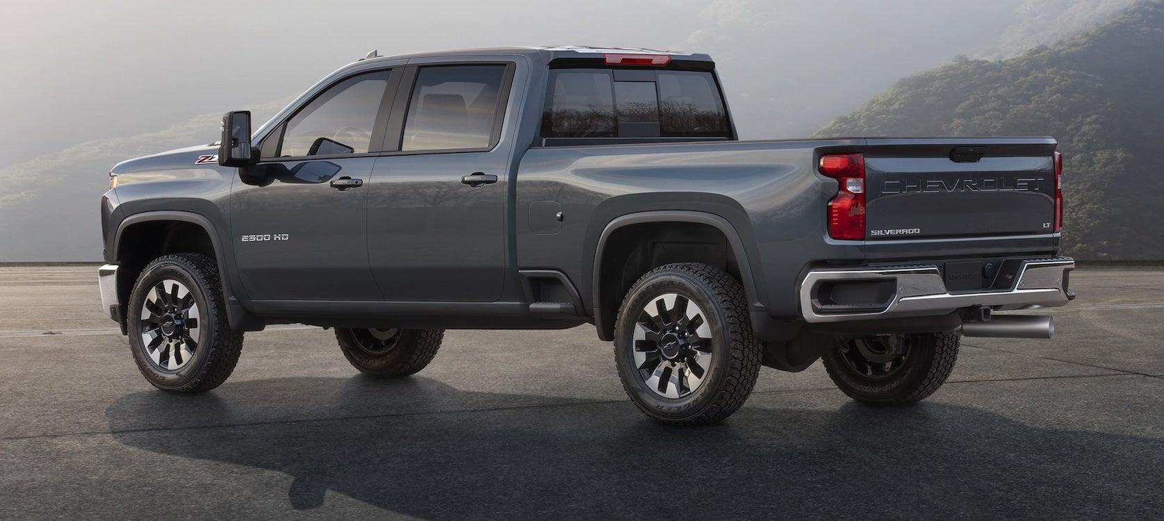 Chevy Rolls Out New Silverado Hd Thedetroitbureau Com