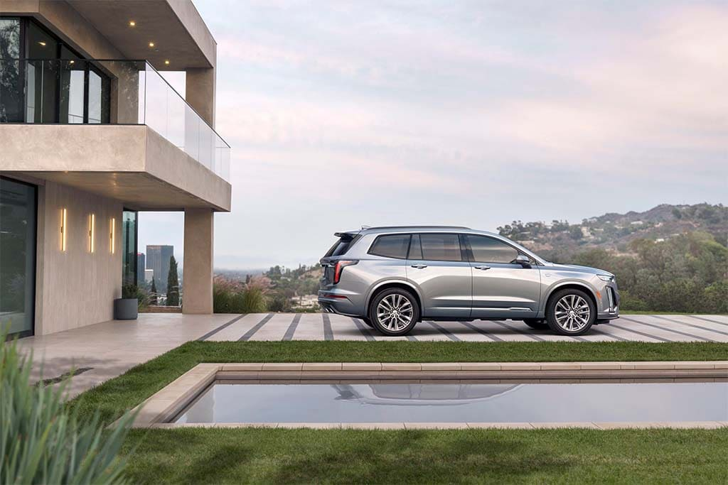 Cadillac Reshapes Line-up with new XT6 Crossover