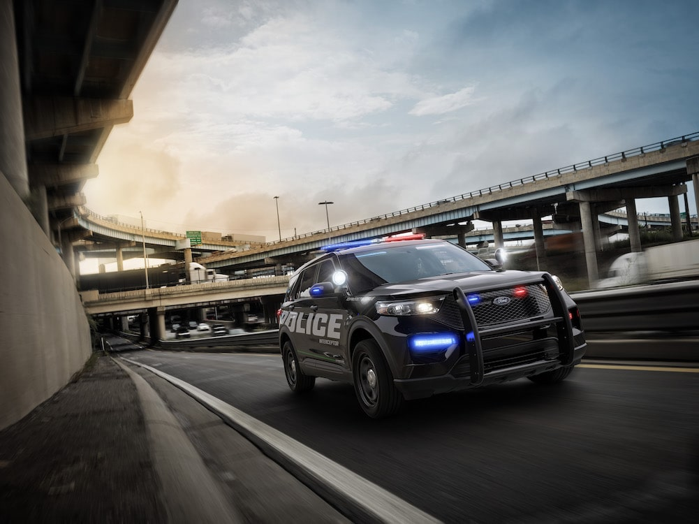 ford hints   explorer  debut    police interceptor utility thedetroitbureaucom