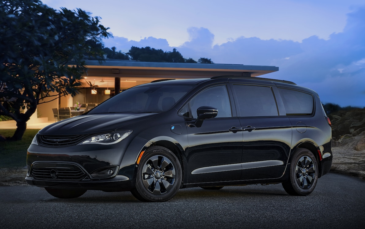 The 2019 Chrysler Pacifica Hybrid Limited Features