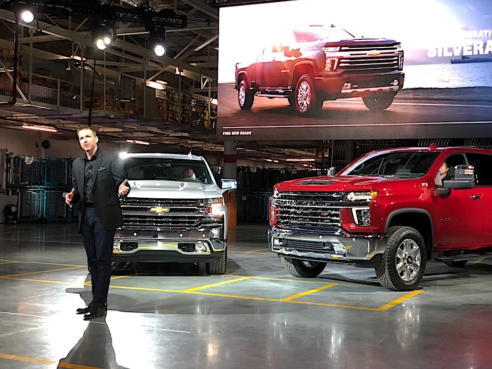 Chevrolet Amps Things Up in Heavy Duty War With Silverado ...