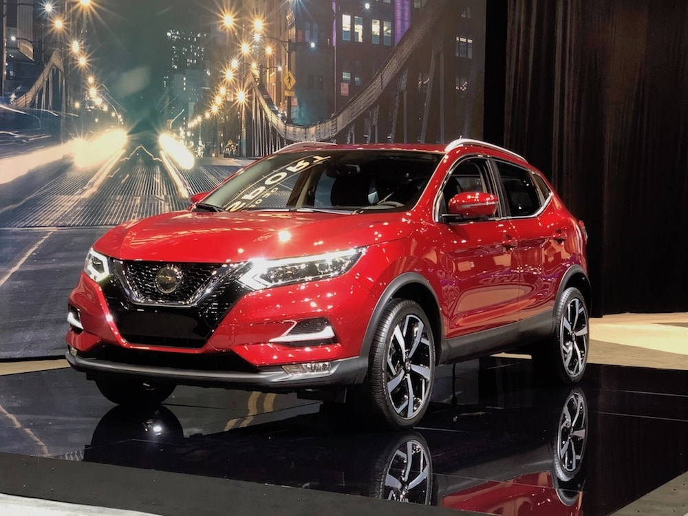 nissan updates rogue sport for 2020