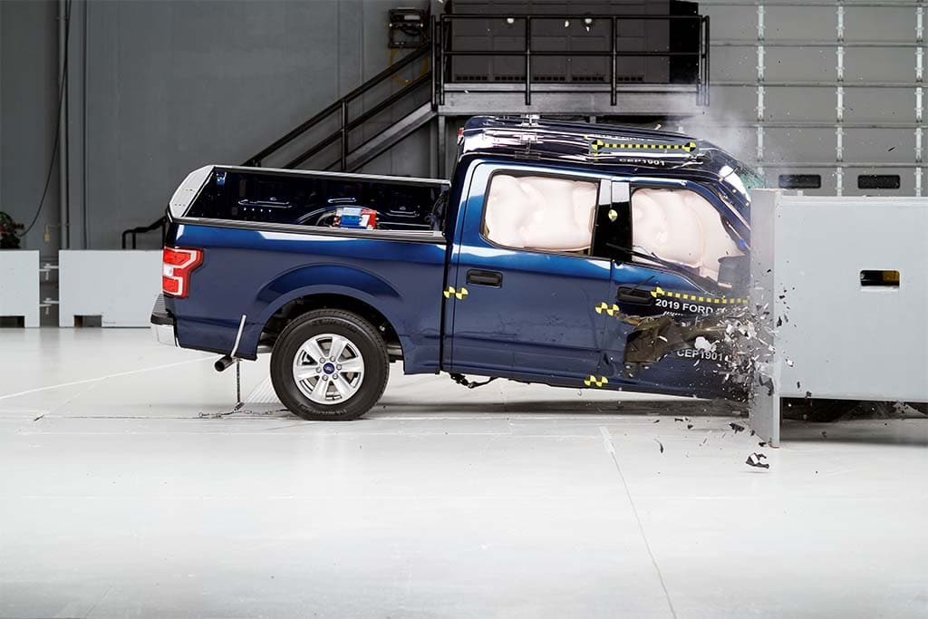 One of Nine Pickups Earns Top Rating in IIHS Crash Tests