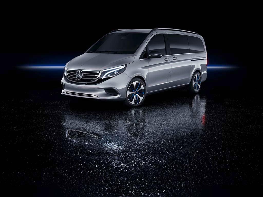Mercedes-Benz Concept EQV is a Near Production-Ready Electric Minivan