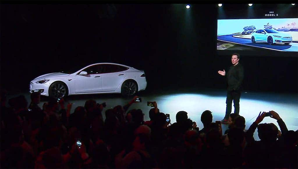 Tesla Investors Fret as Automaker Prepares to Release Q1 Earnings