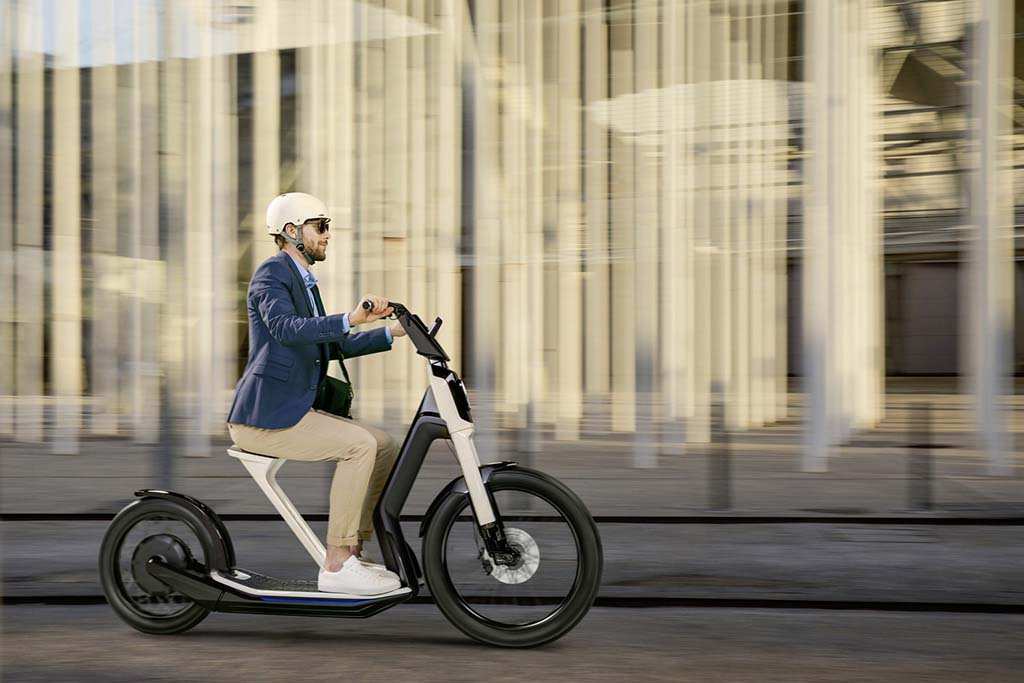 Taking it to the Street: VW Reveals Two e-Scooter Concepts in Geneva