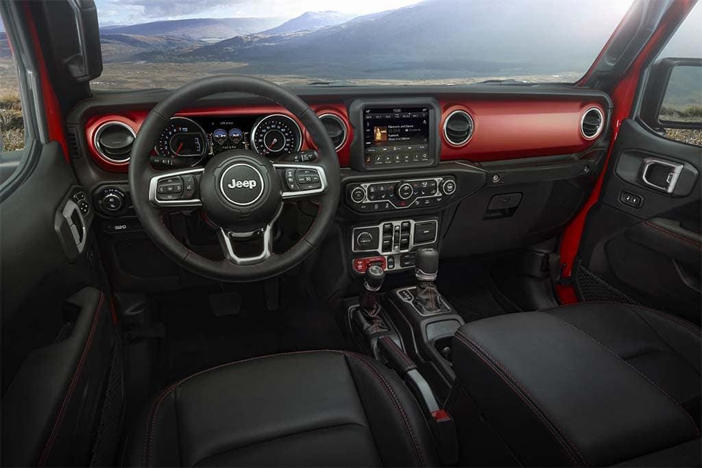 First Drive: 2020 Jeep Gladiator | TheDetroitBureau.com