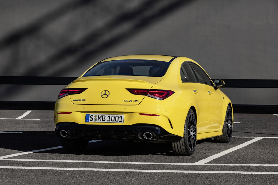 mercedes amg upping the game with new cla 35. Black Bedroom Furniture Sets. Home Design Ideas