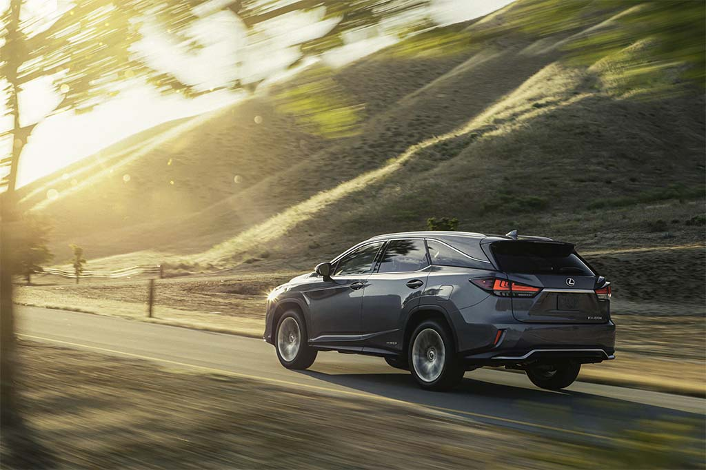 Lexus Lifts the Covers on Updates RX Line in Bid to Retain CUV