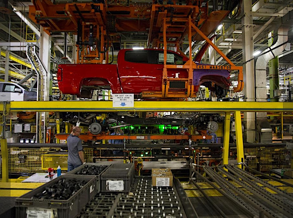 GM Boosting Production as Virus Spreads in Key Mexican City