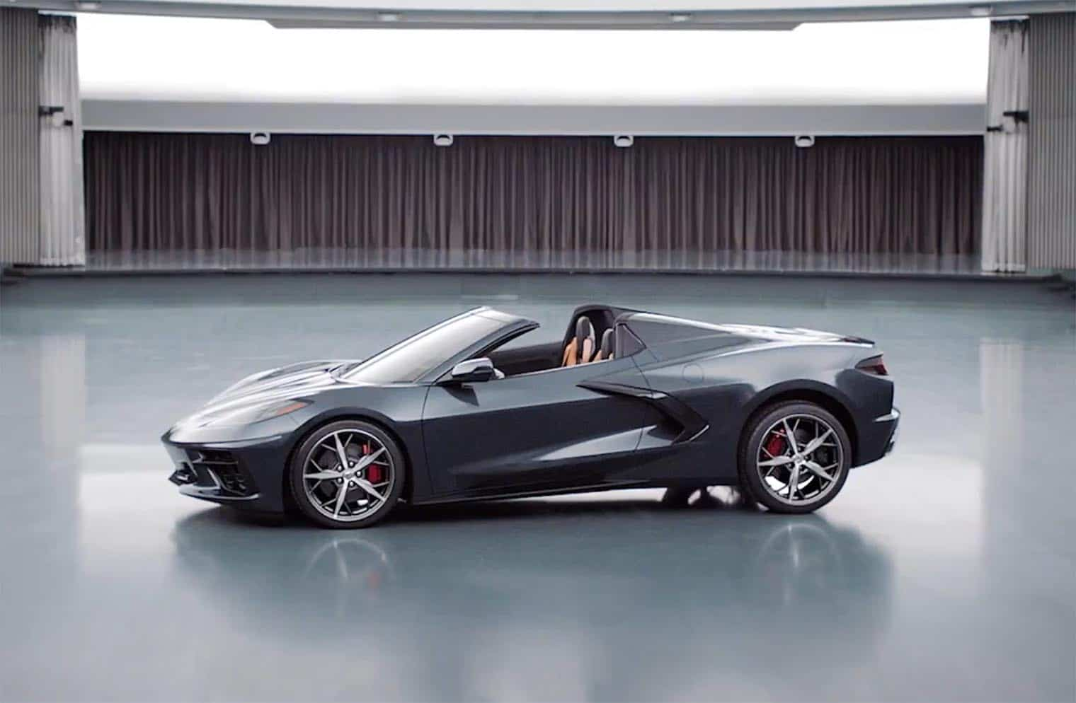 Chevy Offers Sneak Peek at Corvette Stingray Convertible, C8 R Racer