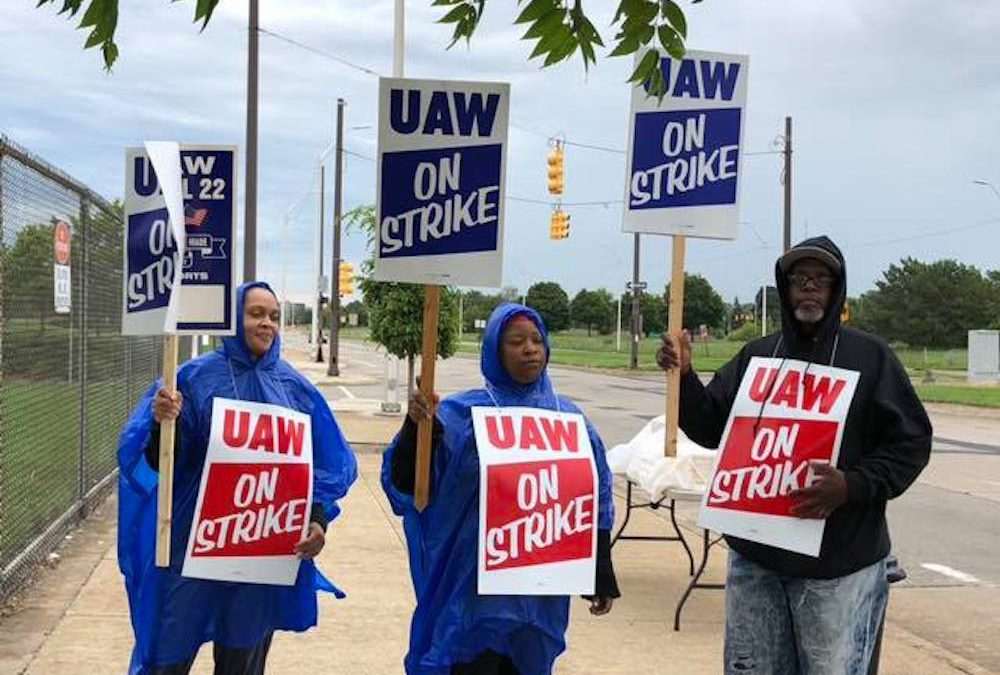 Health Care Remains Formidable Hurdle to Clear in GM-UAW Negotiations