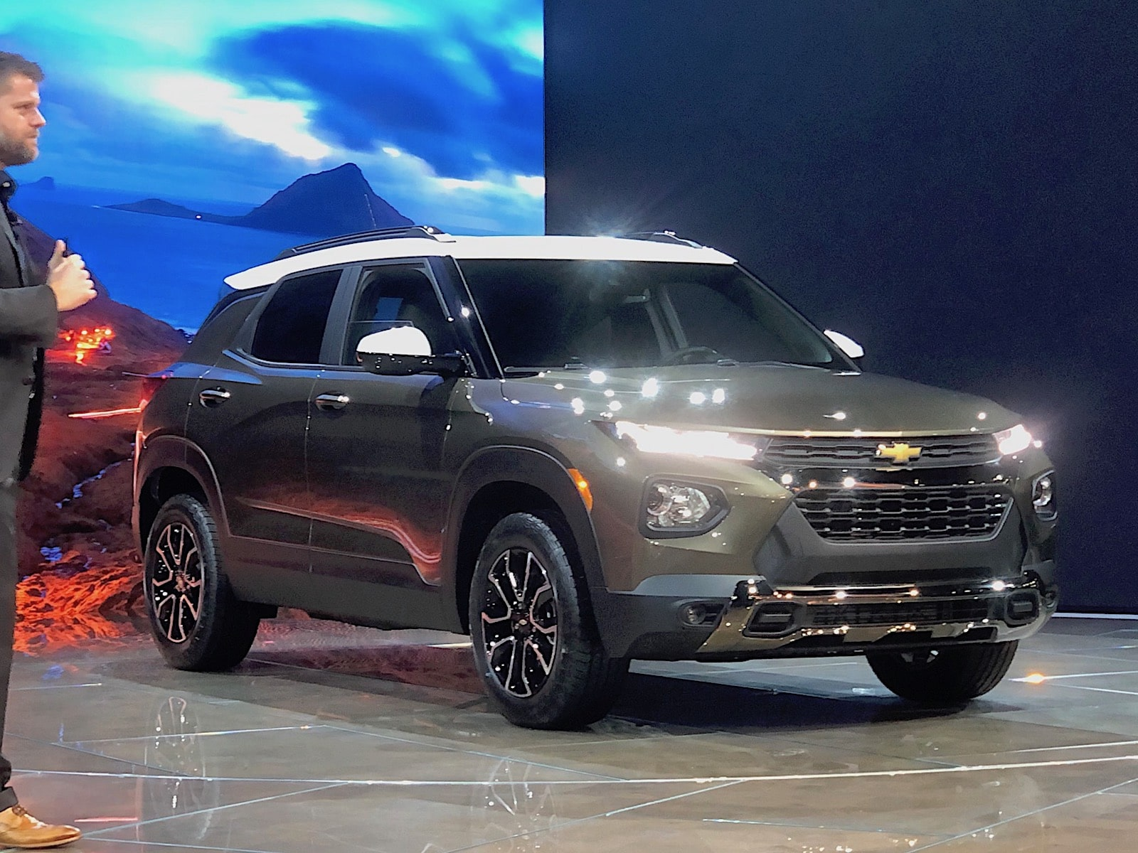 Chevy Blazes into LA with New Trailblazer SUV ...