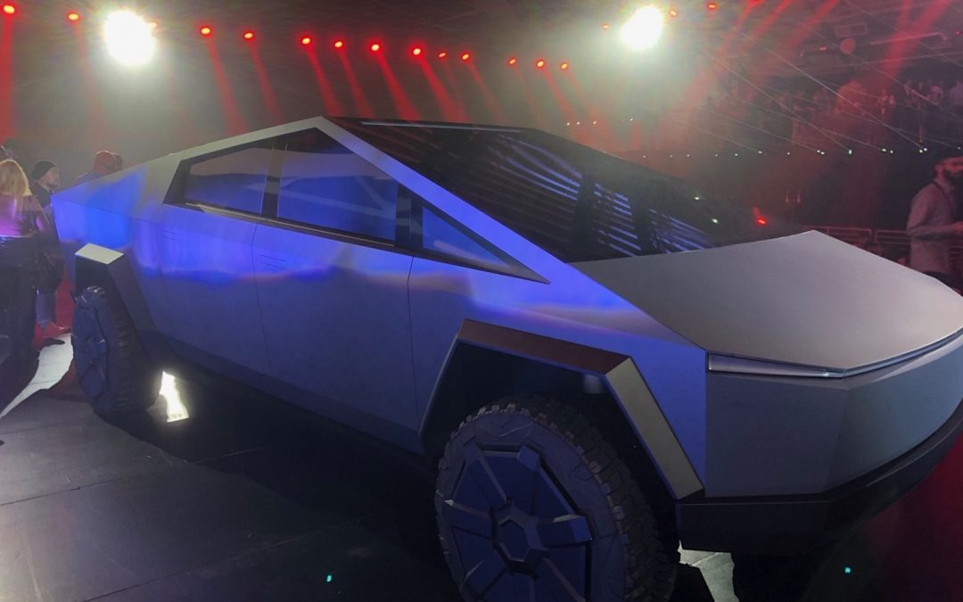 Cybertruck's Design Won't be Only Issue for Tesla; GM E-Truck Coming Out at Same Time
