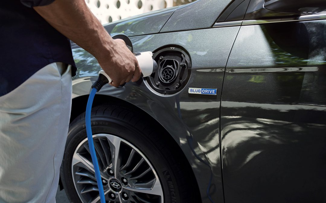 Celebrate Earth Day by Finding a New EV or Hybrid