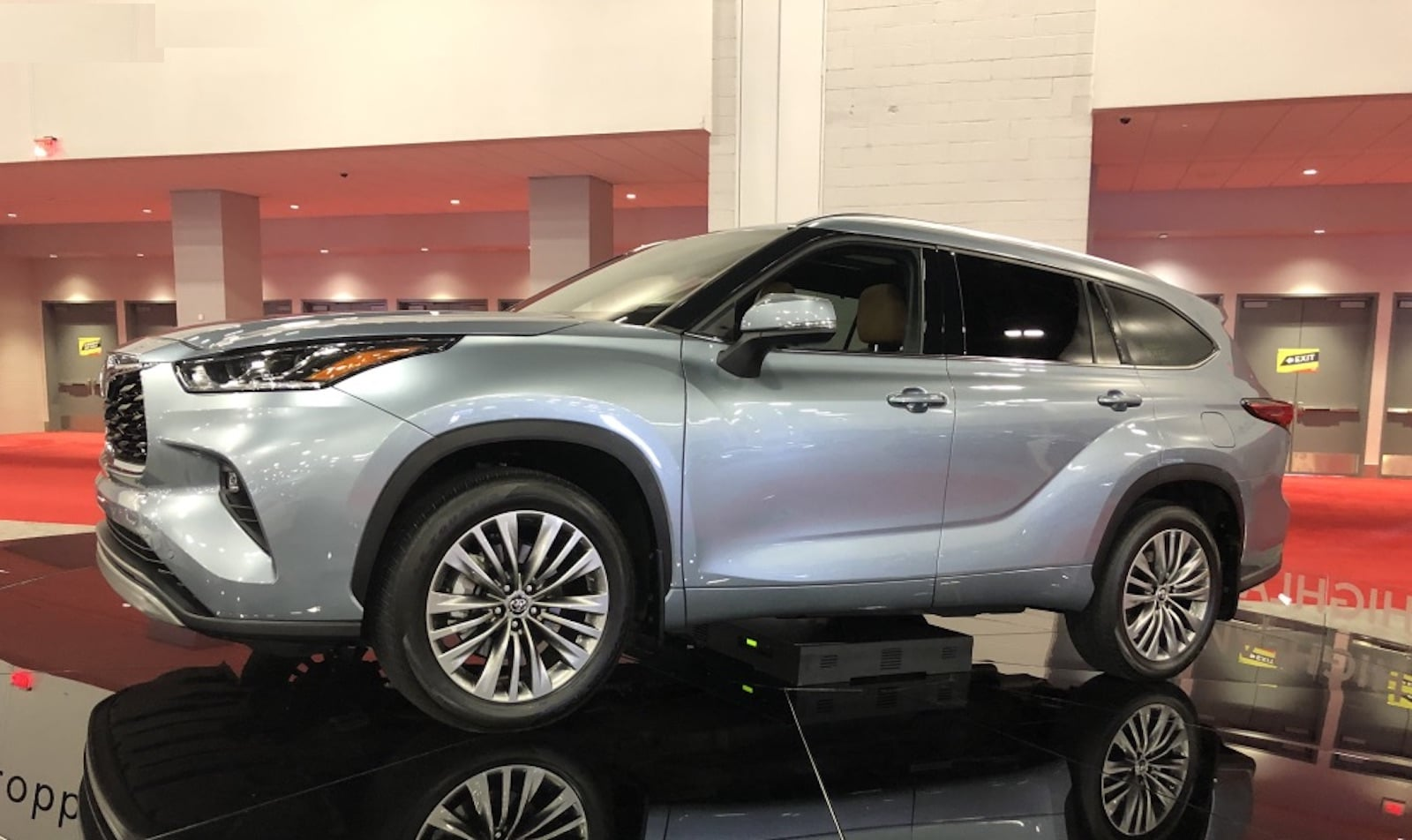 Miami Auto Show 2020.Miami Auto Show Gives Floridians A Look At 2020 Models