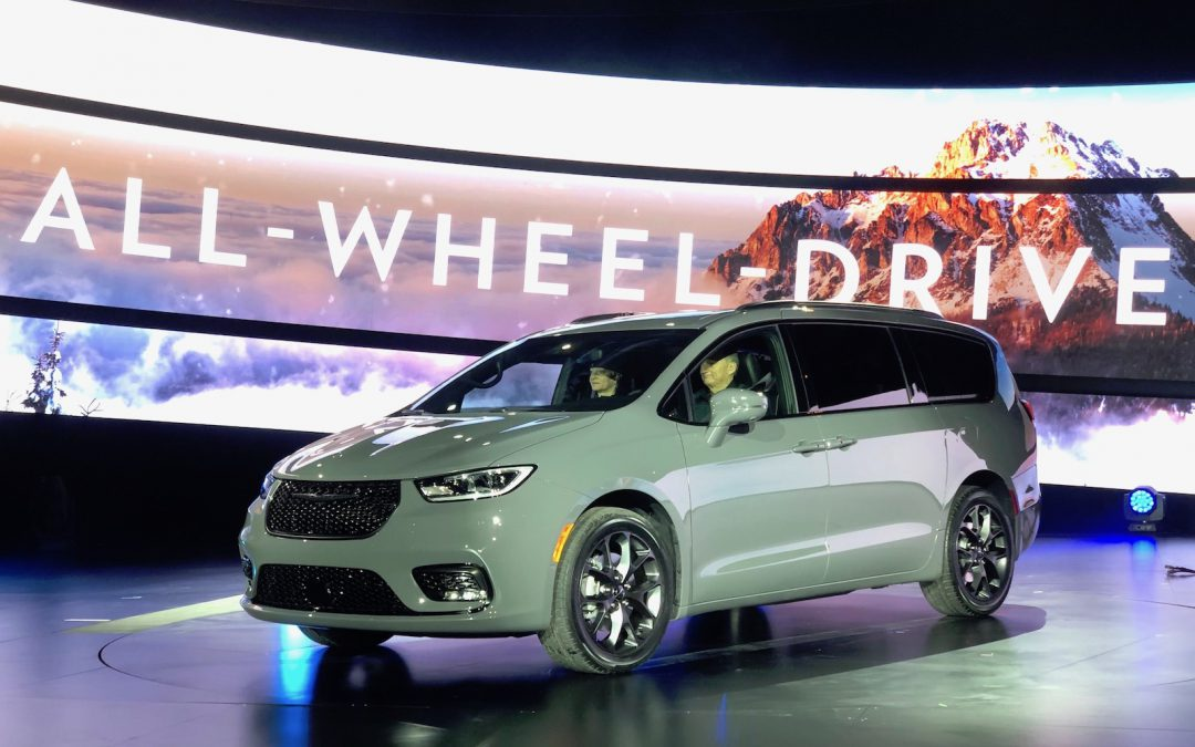 Chrysler Pacifica Pinnacle Aims to Take Minivans to a New Peak