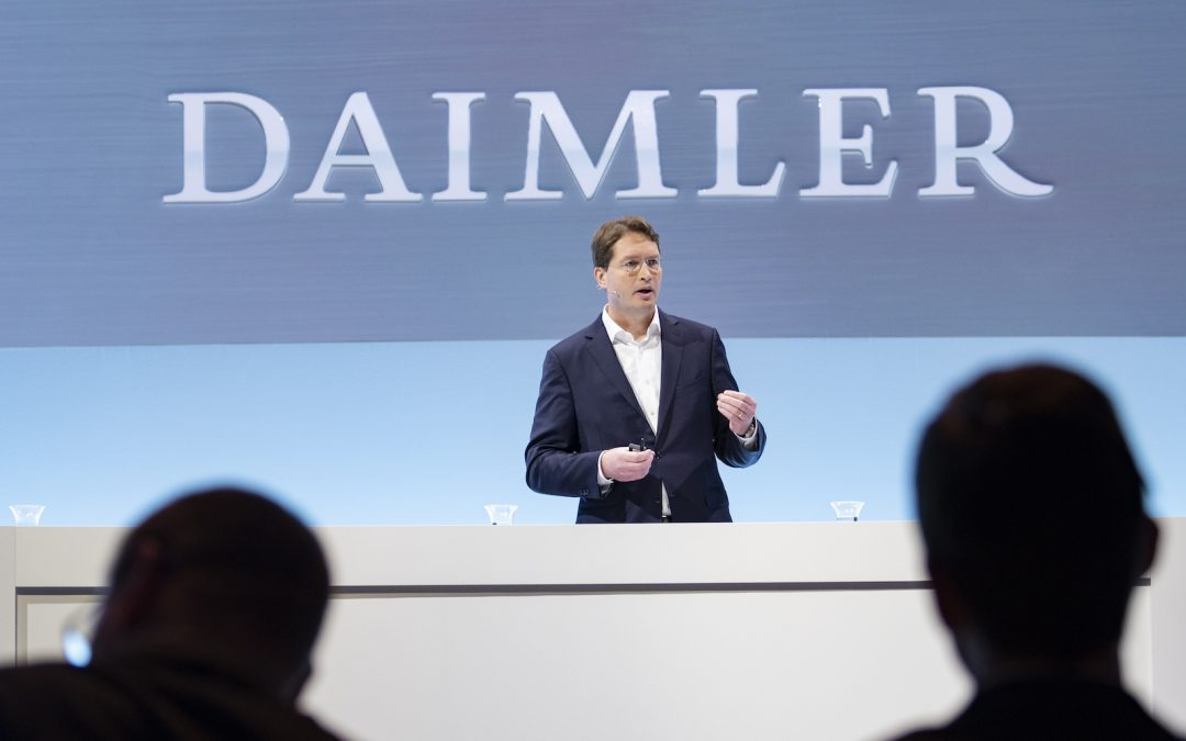 Daimler Moves to Shore Up Credit Line in Face of Outbreak