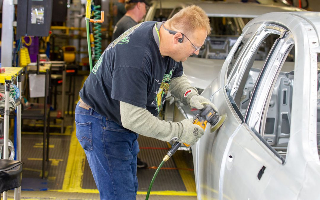 Listen to How the Coronavirus is Crushing the U.S. Auto Industry