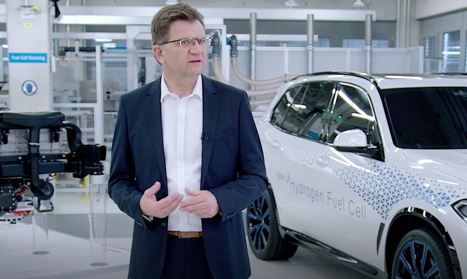 Bmw Reveals New Hydrogen Fuel Cell Technology The Detroit Bureau