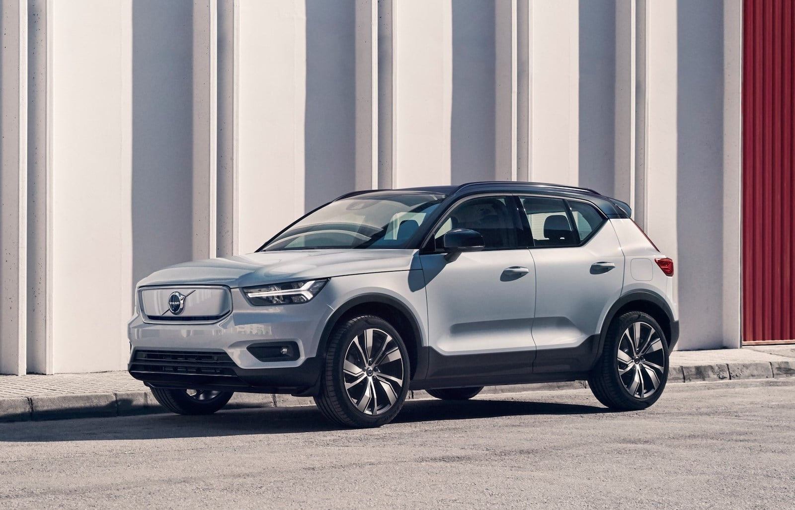 volvo moves forward with plans to build batteries thedetroitbureau com volvo moves forward with plans to build