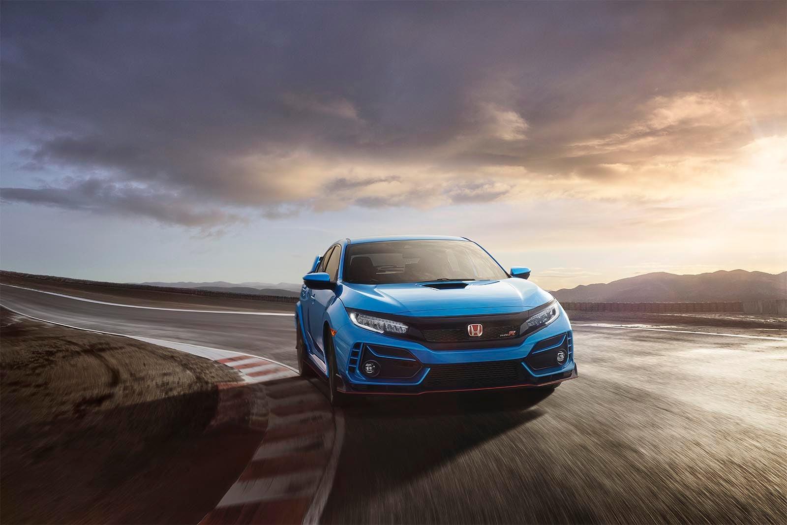 First Drive: 2020 Honda Civic Type R | TheDetroitBureau.com