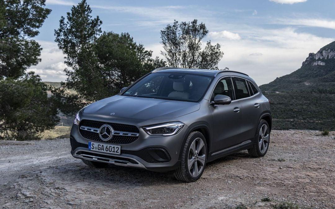 Mercedes-Benz Tees up New GLA