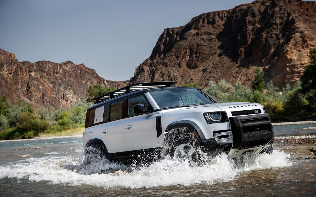 Land Rover Defender Rolls into U.S. Showrooms