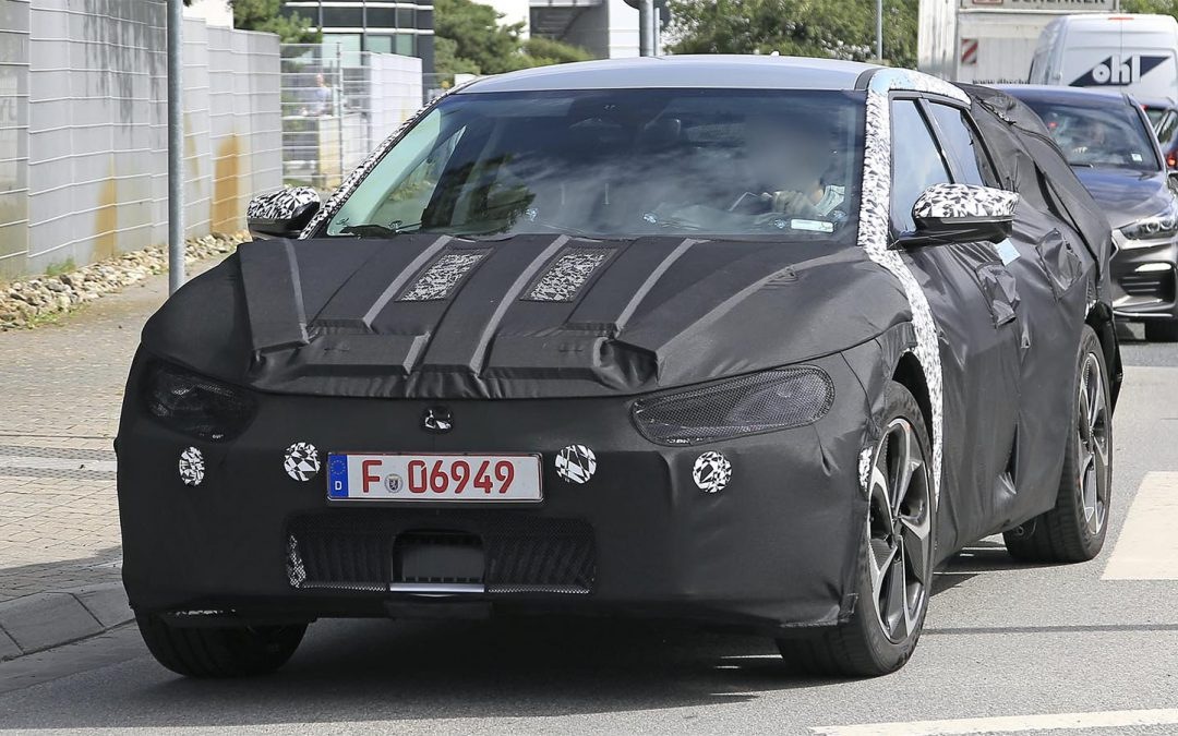Kia Caught Testing Flagship All-Electric Imagine SUV