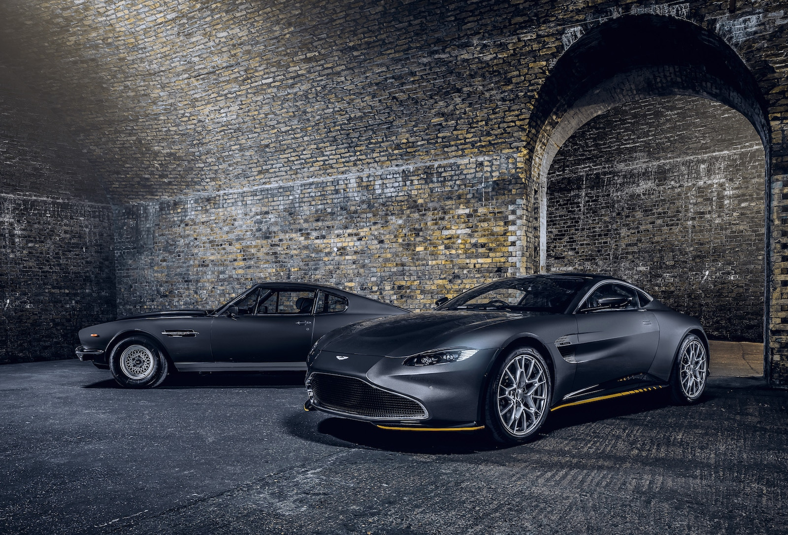 Aston Martin Celebrates New Bond Film With Two Special Editions The Detroit Bureau