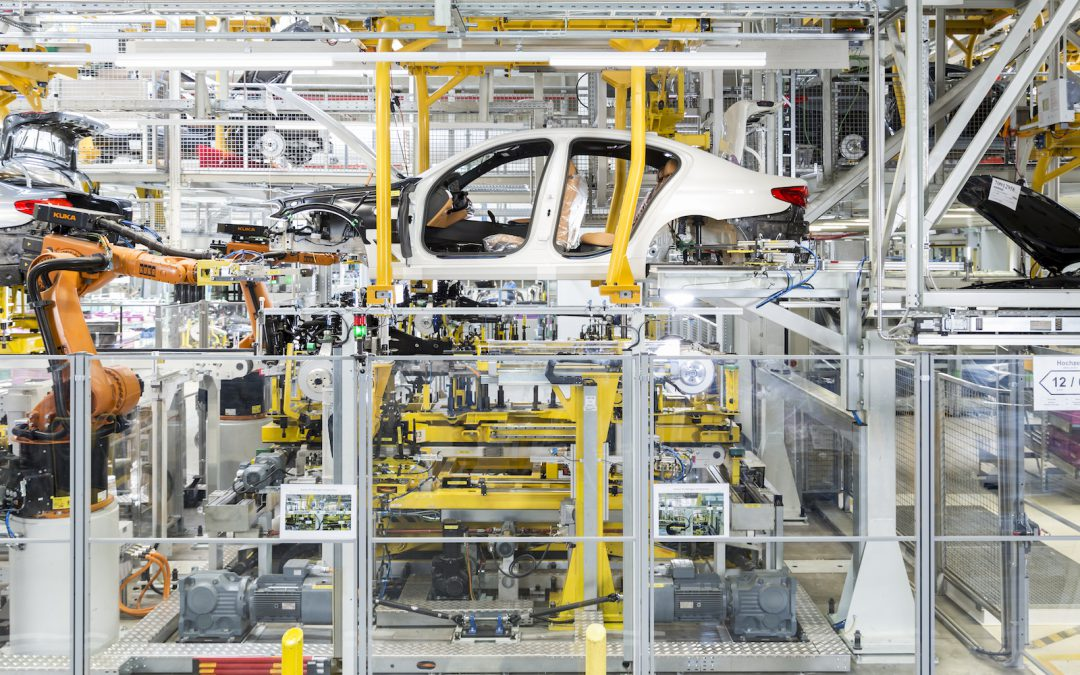 Magna May Open North American Plant to Build EVs for Aspiring Auto Startups