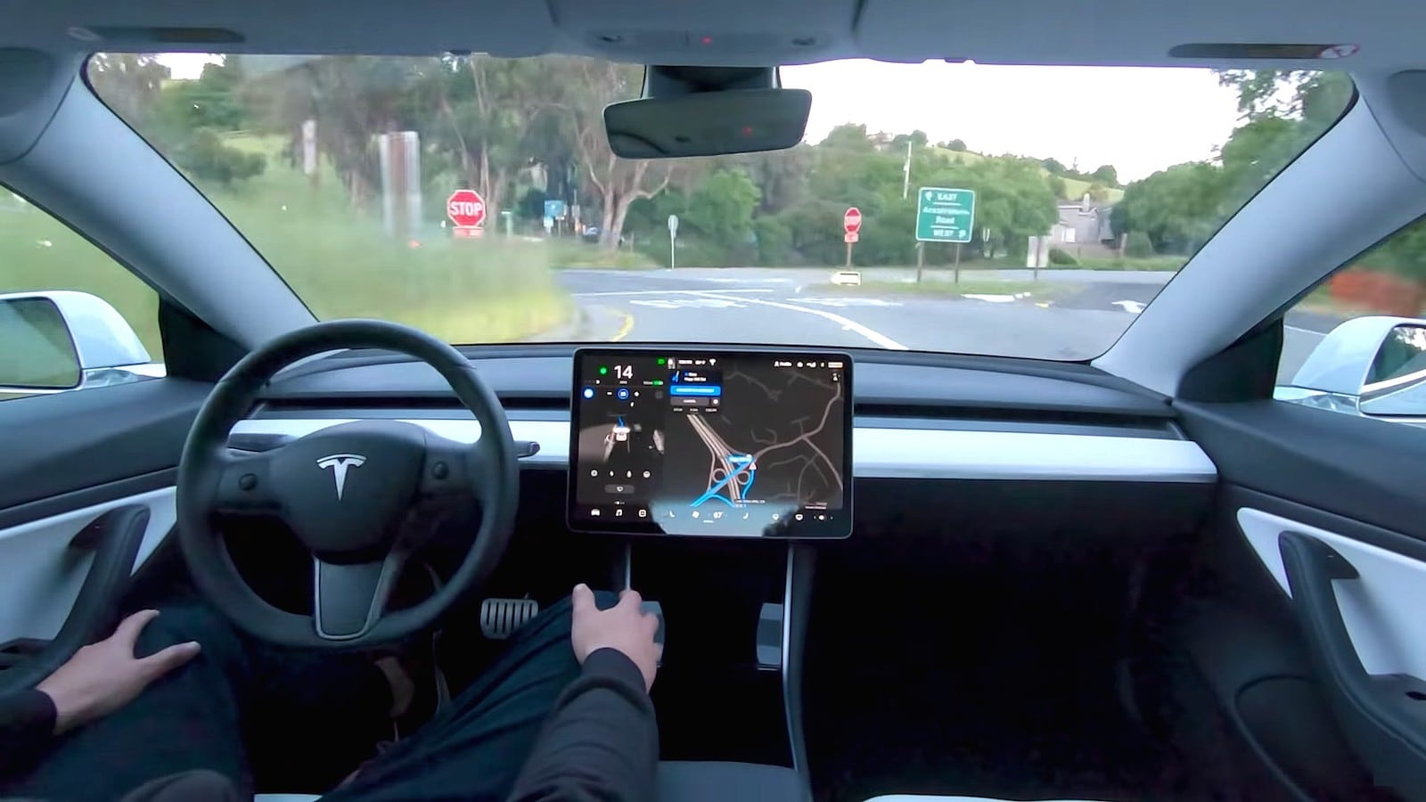 Tesla Releases Full Self-Driving Beta - But It Can't ...