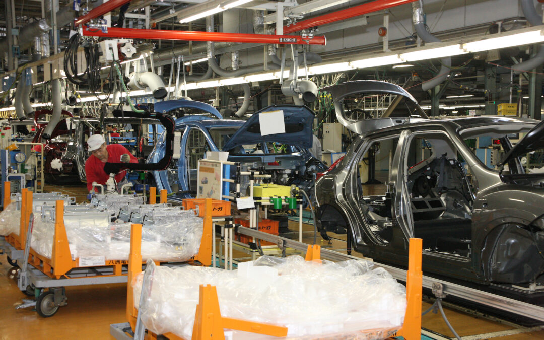 Nissan, Honda Slash Production Due to Chip Shortages as GM, Daimler, Others Warn of Similar Moves