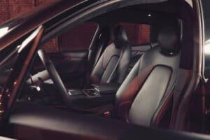 2021 Aston Martin DBX seats