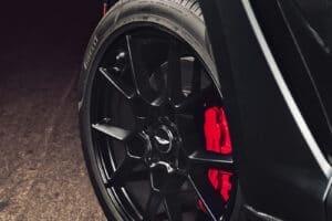 2021 Aston Martin DBX wheel