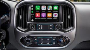 2021 Chevrolet Colorado ZR2 touchscreen