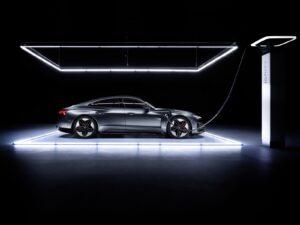 2022 Audi e-tron GT charging